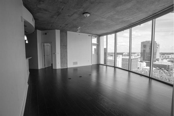 Solaire_0012_condo-living-view
