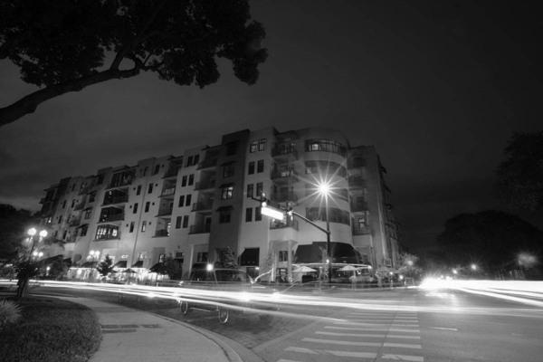 TPClofts-_0004_exterior-night